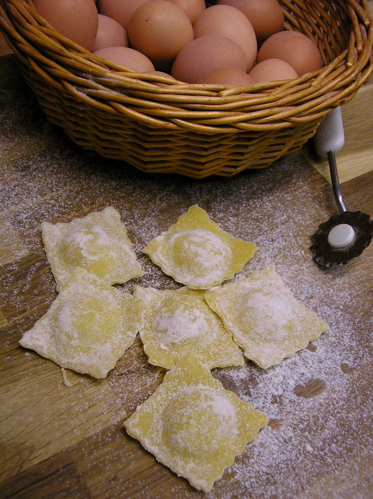 Ravioles frescos de provolone y cebolla confitada: Nuestros productos de La Pastaia