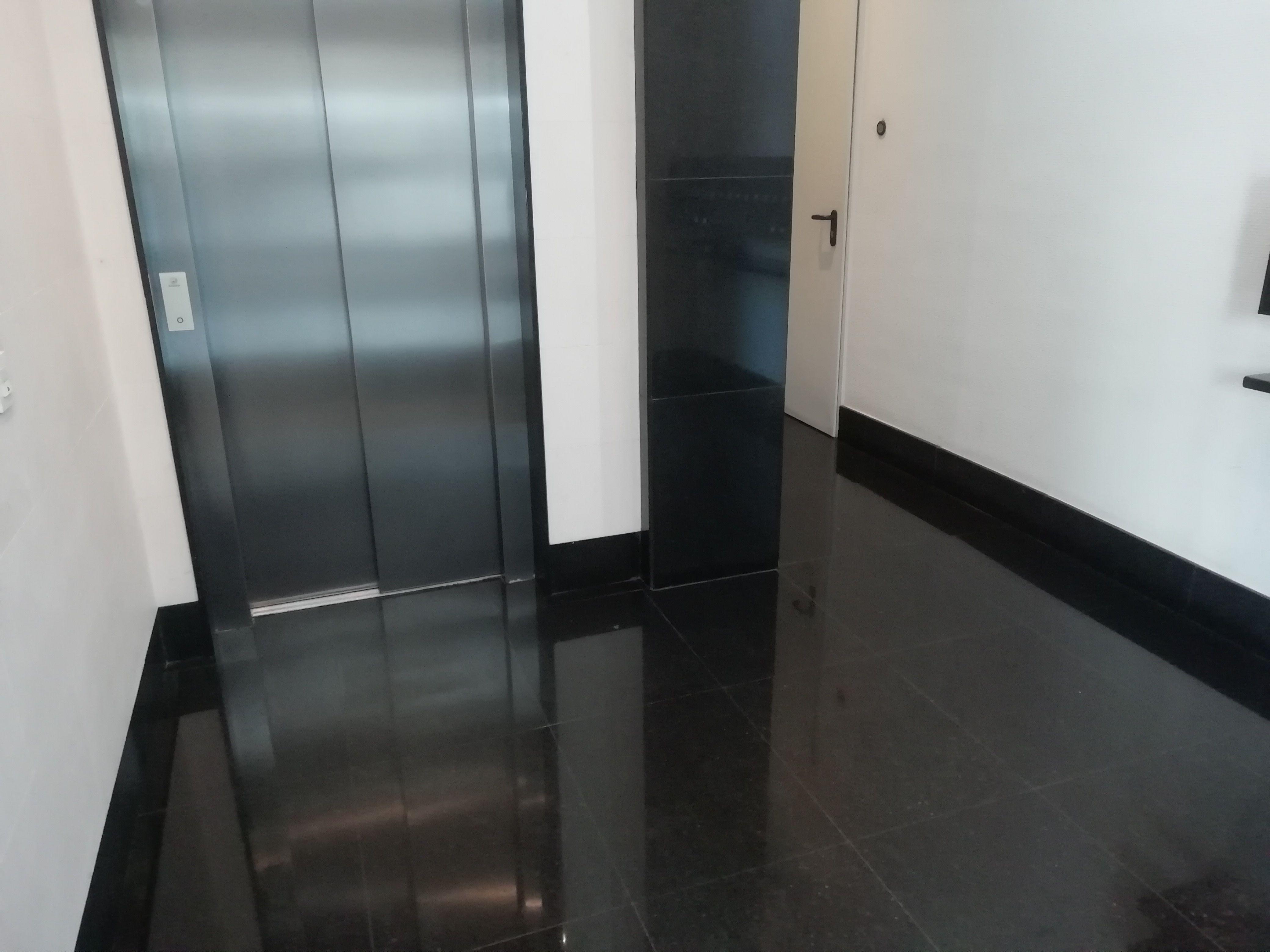 Limpieza especializada e integral de comunidades en Gijón