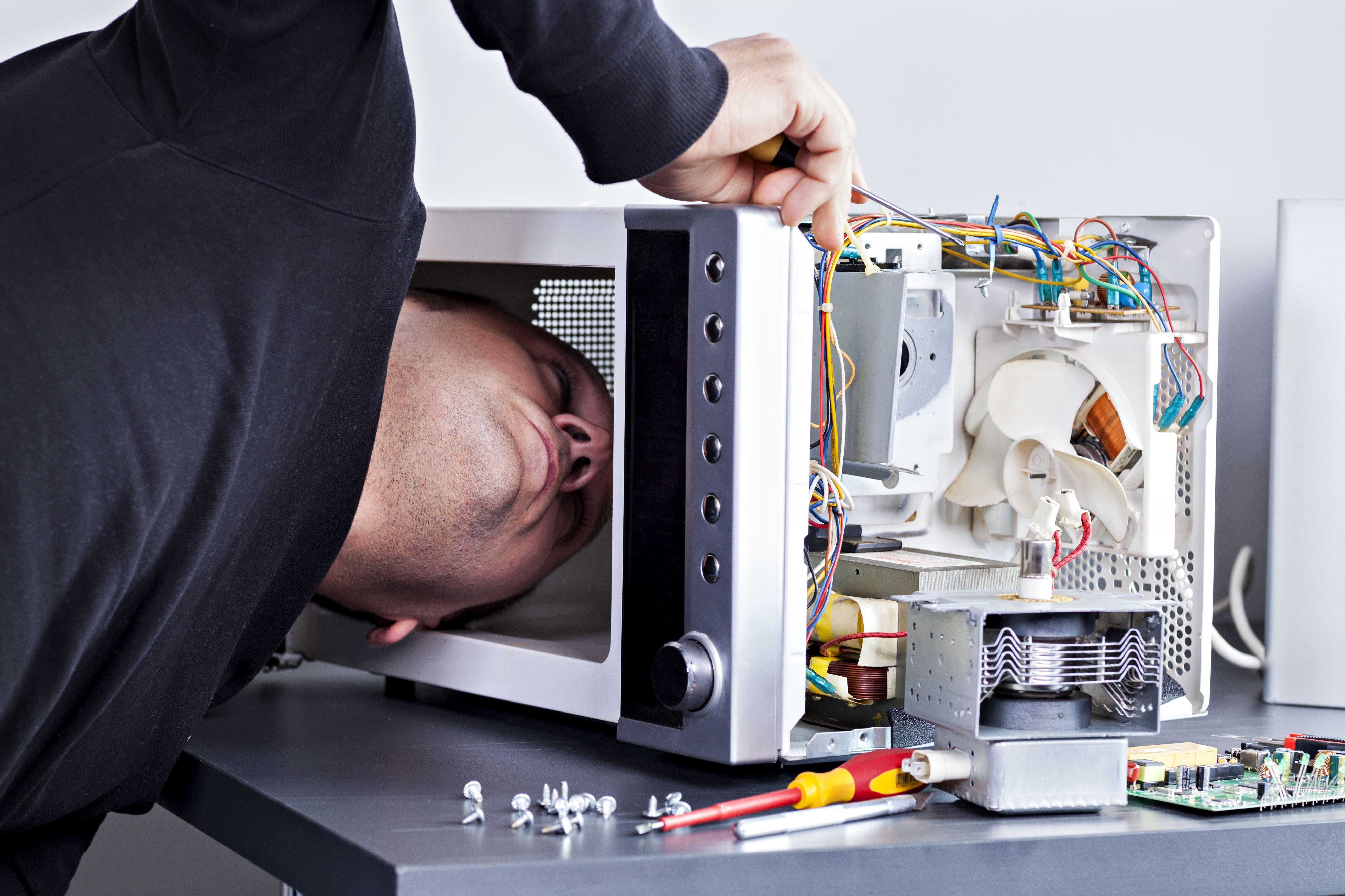 Reparación de microondas: Servicios de Servicio Oficial AEG, Electrolux, Zanussi --963 500 221--