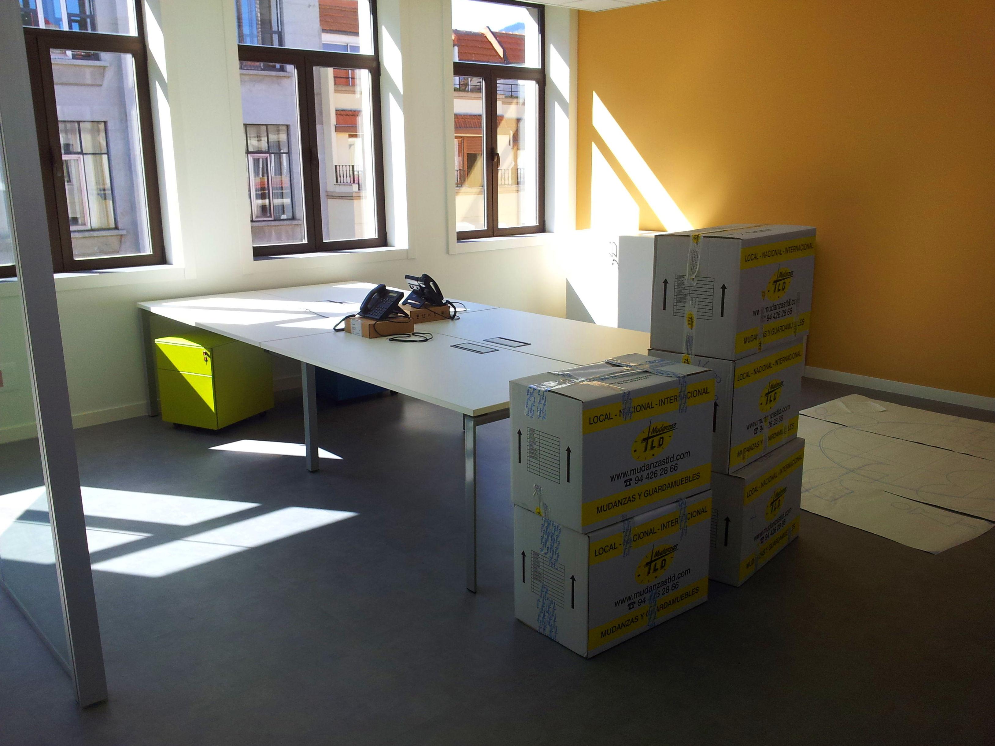 Mudanzas empresas servicios de mudanzas t l d for Mudanza oficina