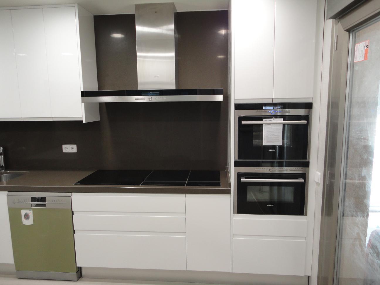 Foto 18 de Muebles de baño y cocina en Madrid | Pascual Electrodomésticos, S.L.