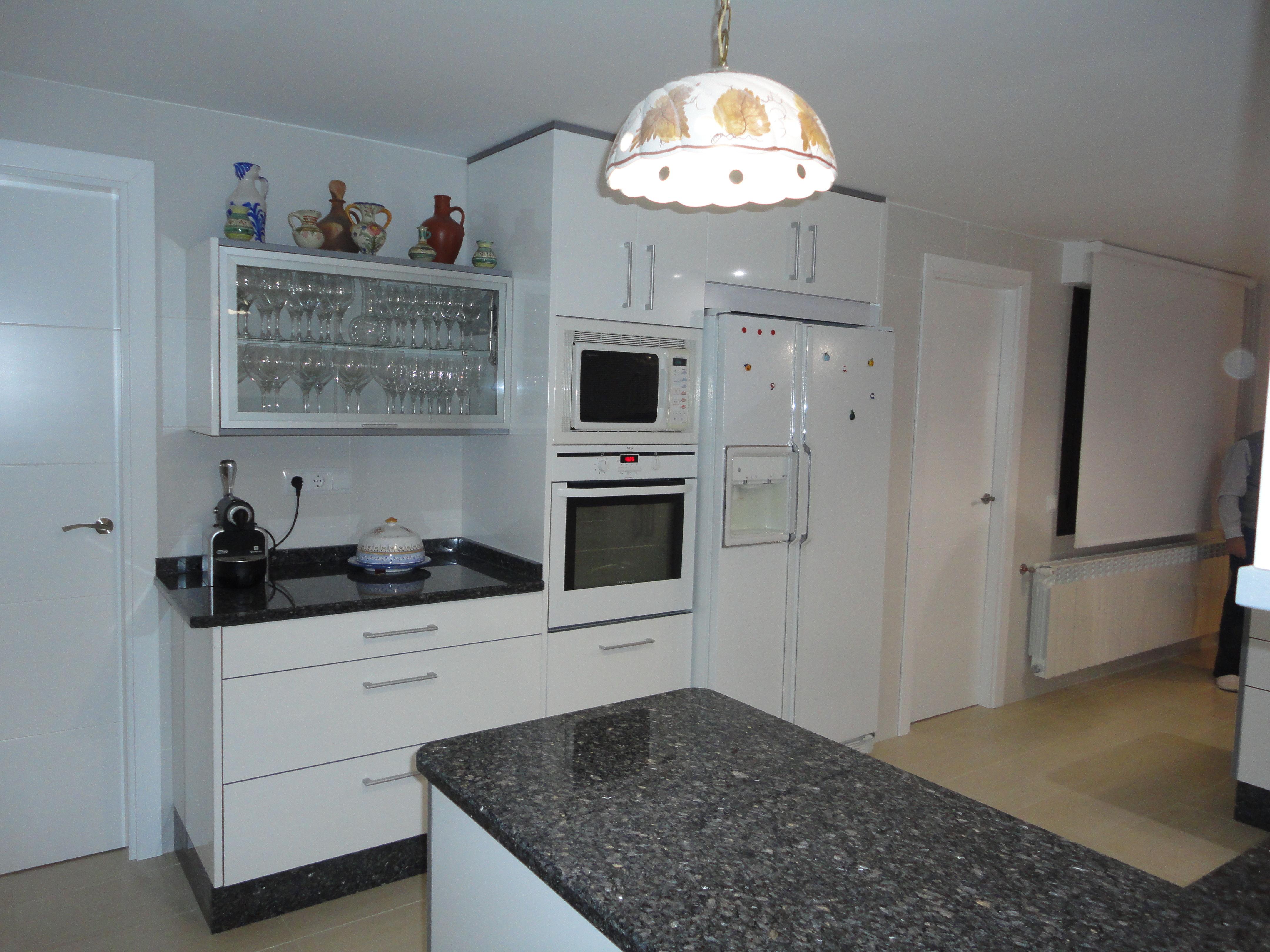 Foto 22 de Muebles de baño y cocina en Madrid | Pascual Electrodomésticos, S.L.
