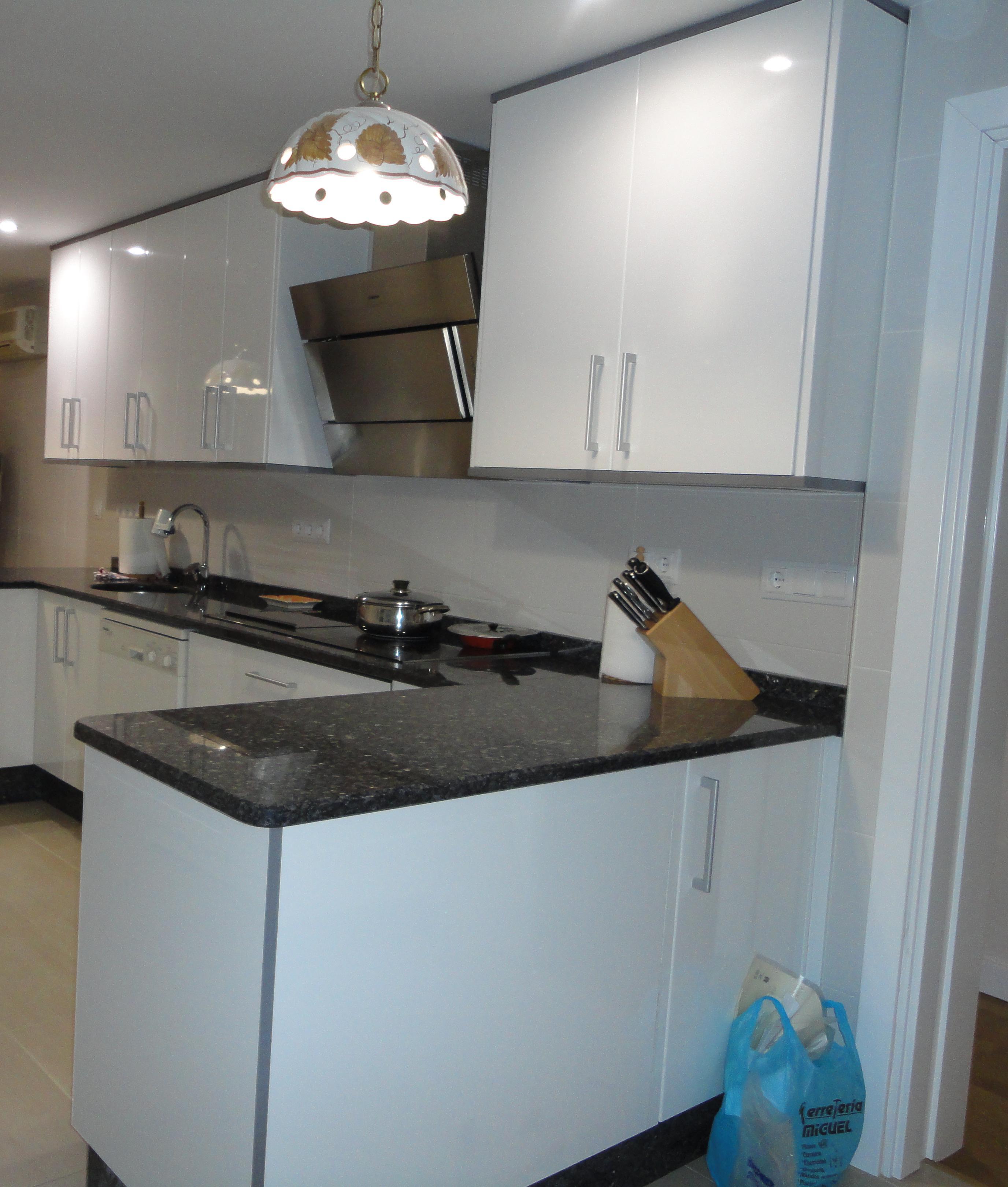 Foto 20 de Muebles de baño y cocina en Madrid | Pascual Electrodomésticos, S.L.