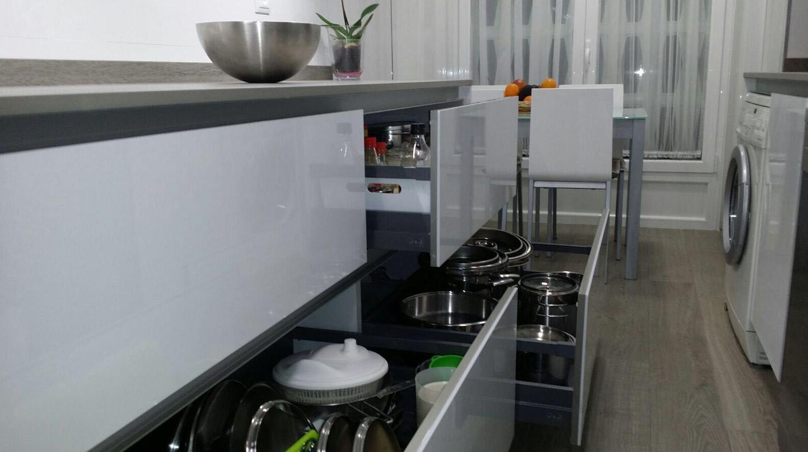 Gavetas cocina Barrio del Pilar