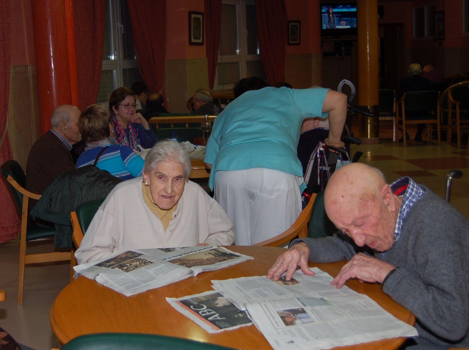 Residencia geriátrica en León con zona de ocio y lectura