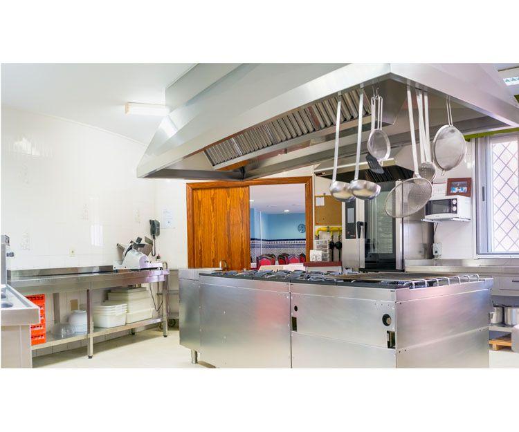 Centro dotado con servicio propio de cocina