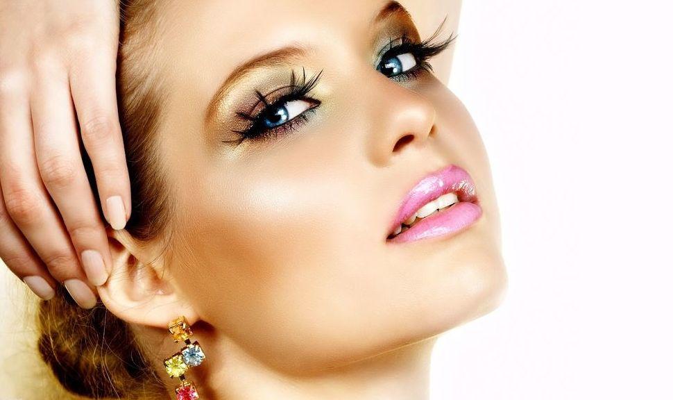 Maquillaje y tratamientos faciales en A Coruña