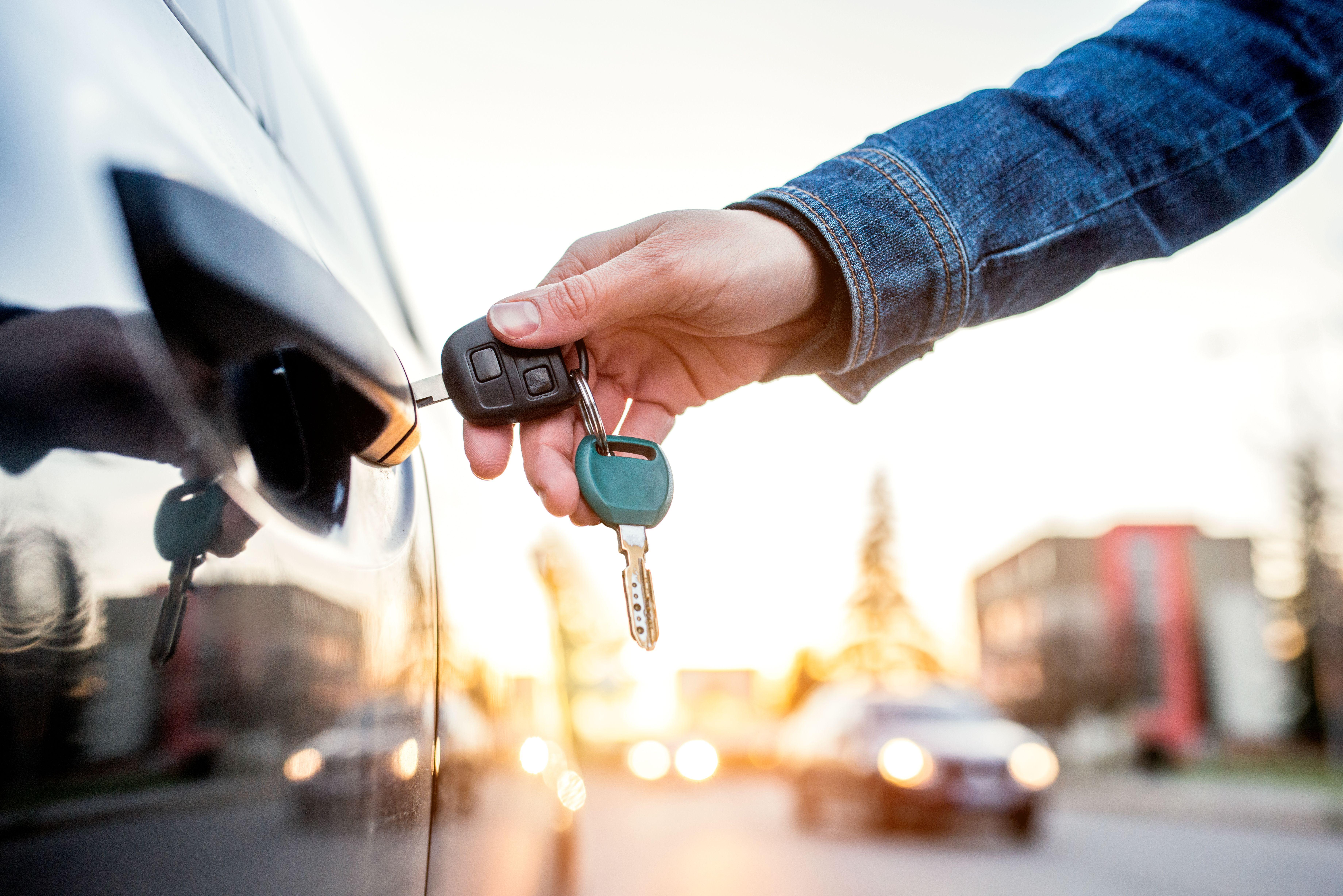Apertura de coches en Logroño
