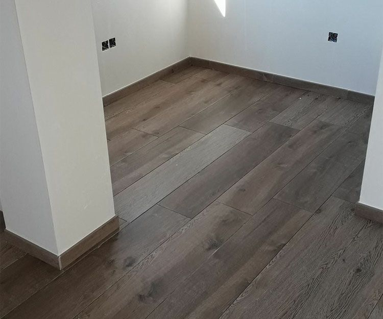 Instalación de suelos de madera en Almería