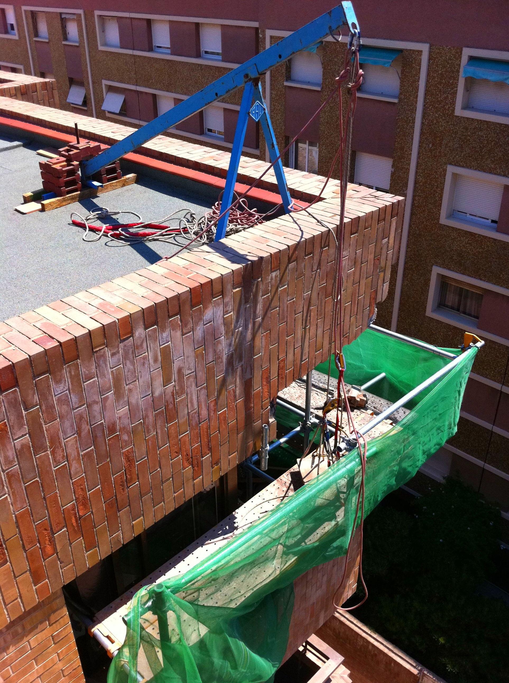 Rehabilitació de sardinells i caixes de persianes.