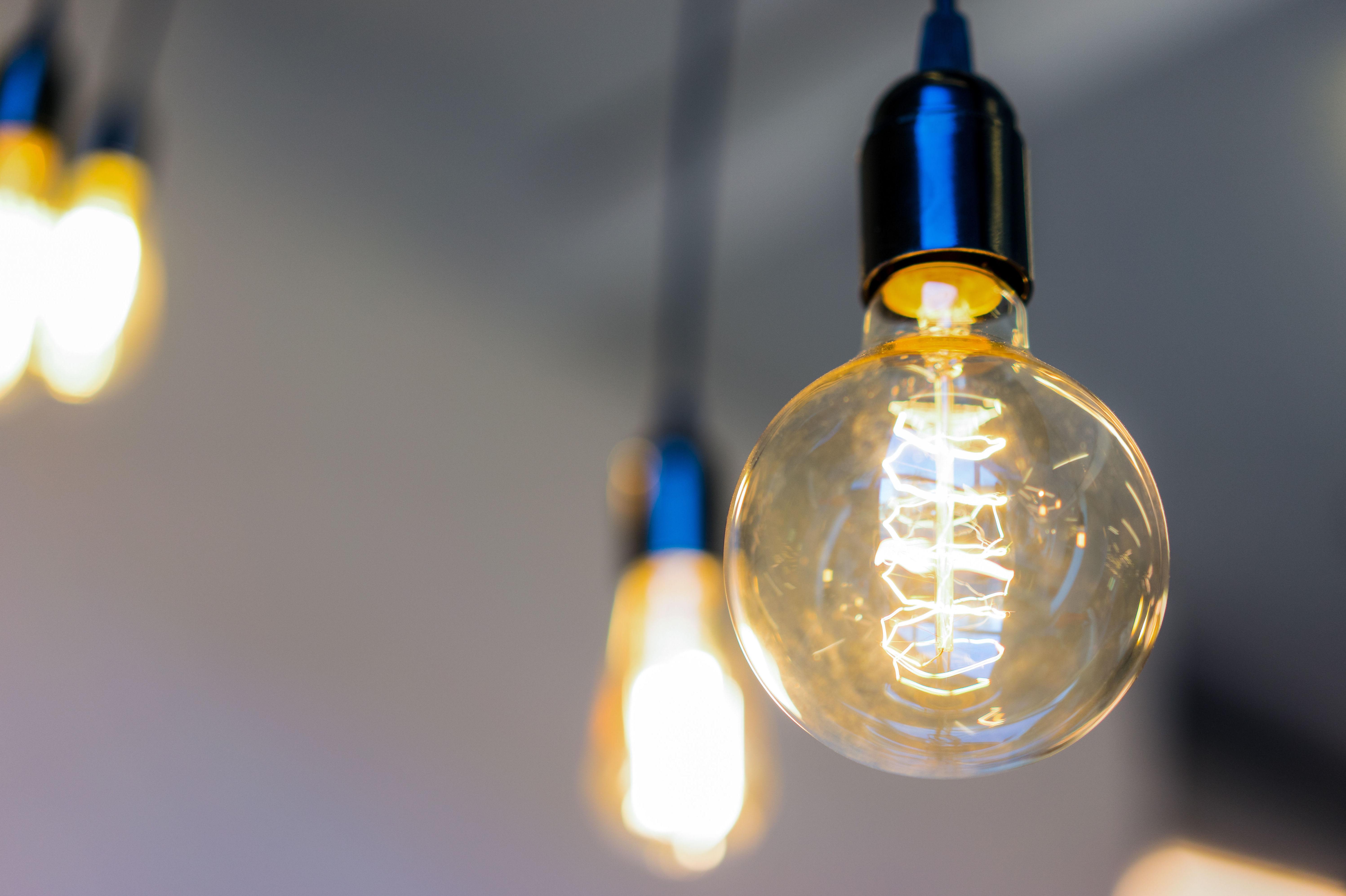 Iluminamos tus ideas.