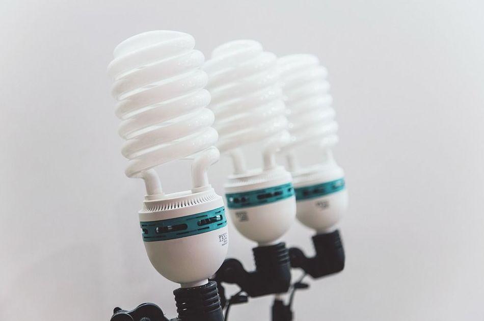 Electricidad : SERVICIOS de Corneclima