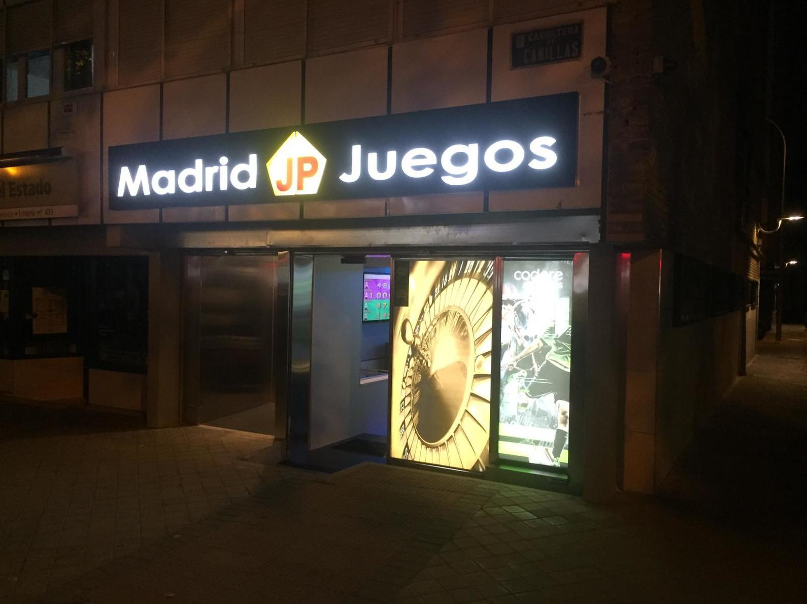 Rótulo luminoso con iluminación led en Madrid