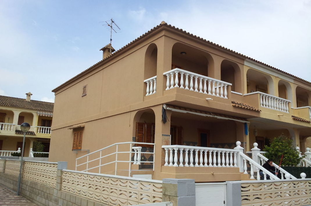 Pintura de viviendas tanto exterior como decorativa interior