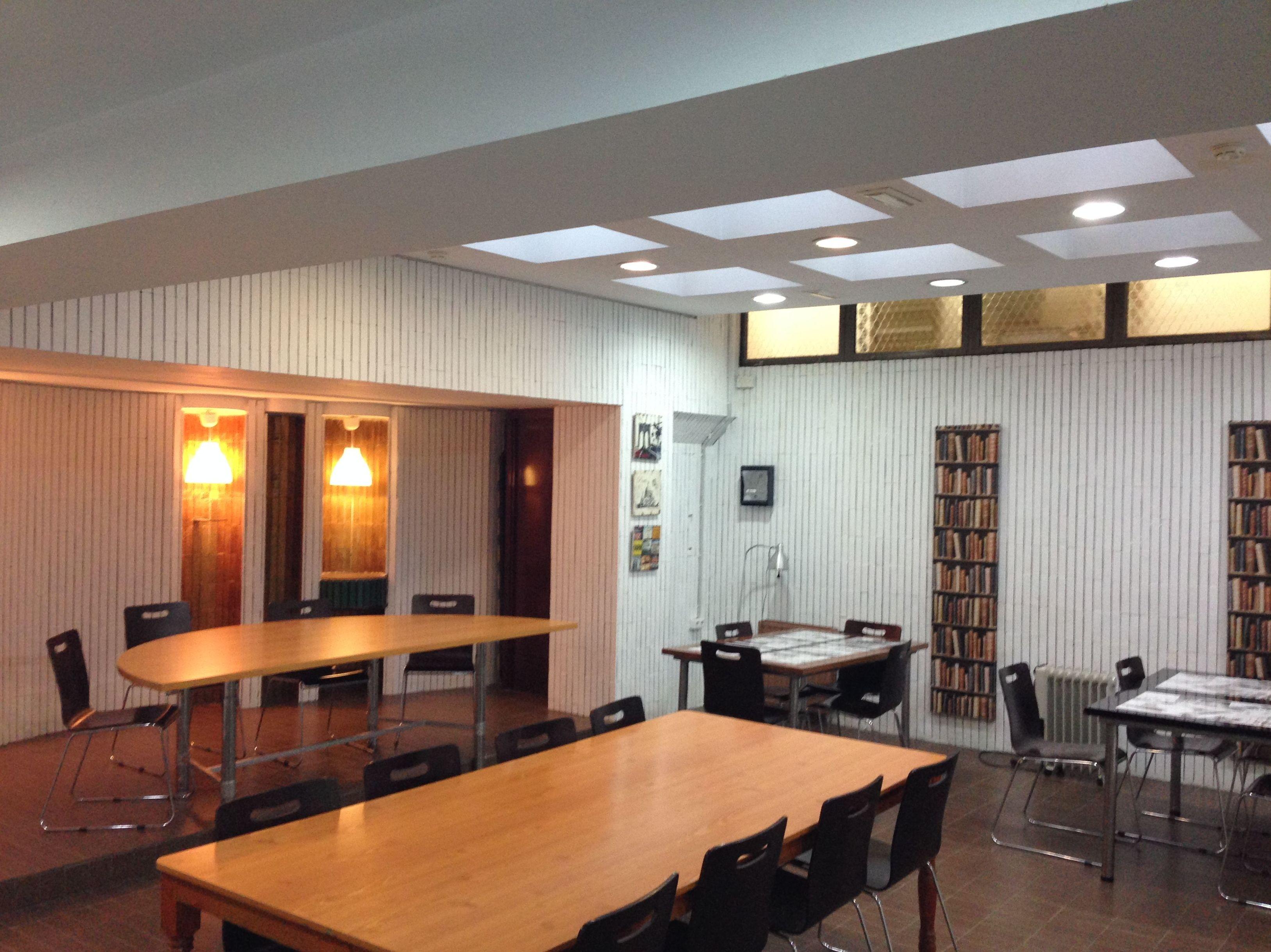 SALON DE ESTUDIO: RESERVA TU PLAZA  de Residencia de Estudiantes Cádiz Centro
