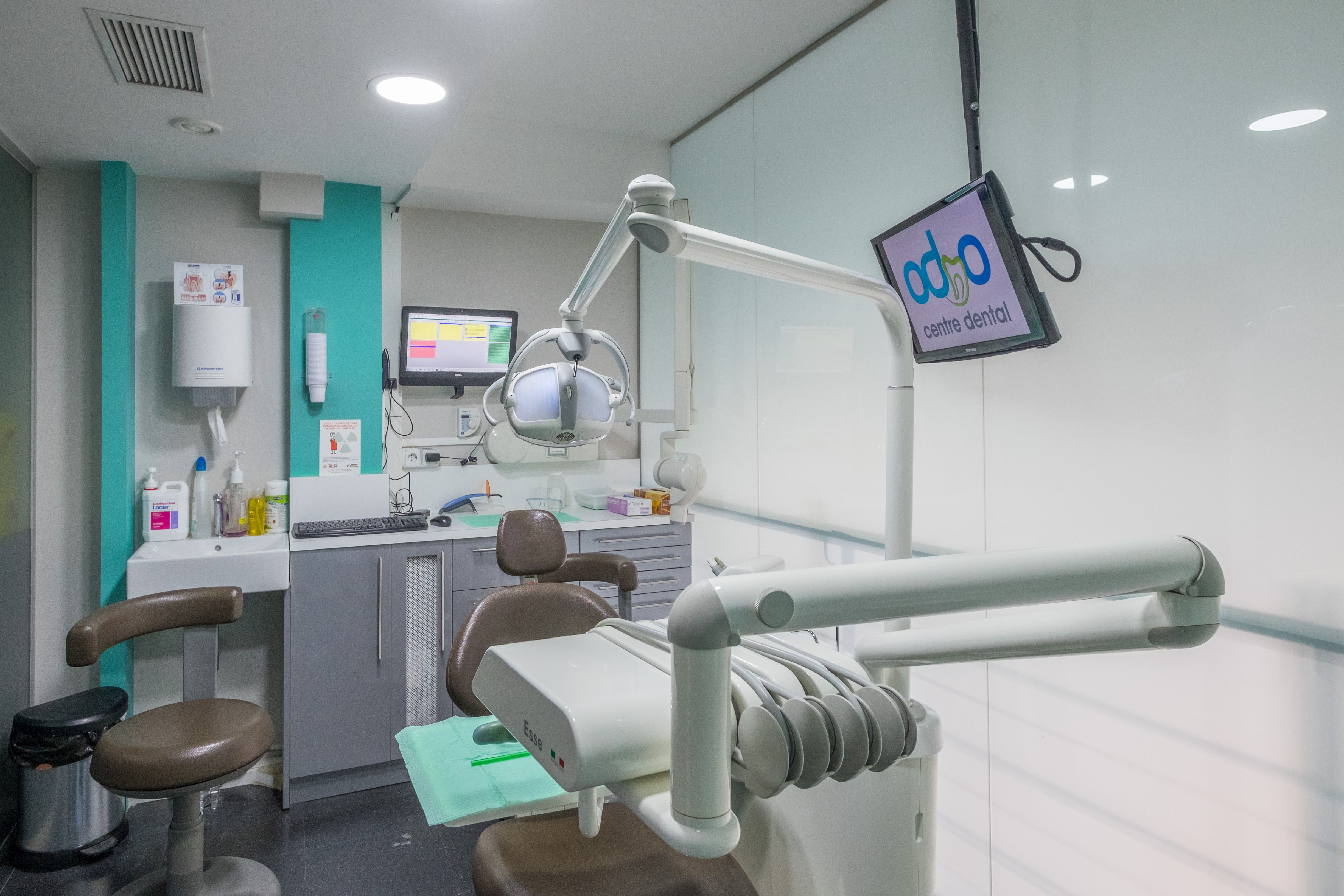 Foto 9 de Clínica dental en Barcelona | Centre Dental Oddo