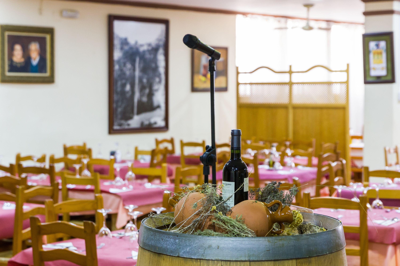 Foto 3 de Restaurante en Cortes de Pallás | Hostal Restaurante Chema