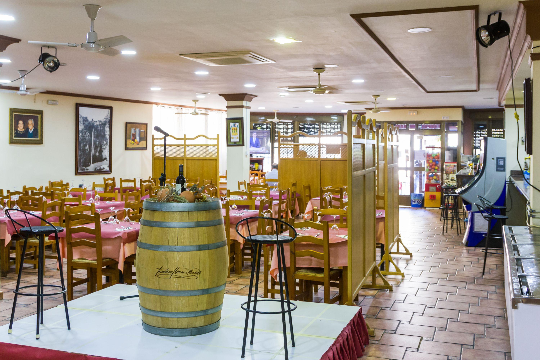 Foto 2 de Restaurante en Cortes de Pallás | Hostal Restaurante Chema