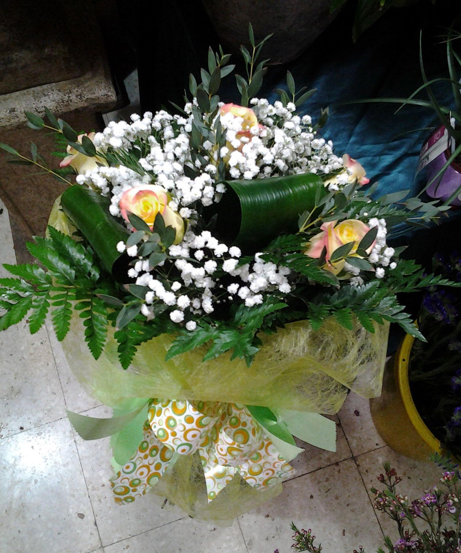Ramo de 6 rosas : Servicios de Arte Flor