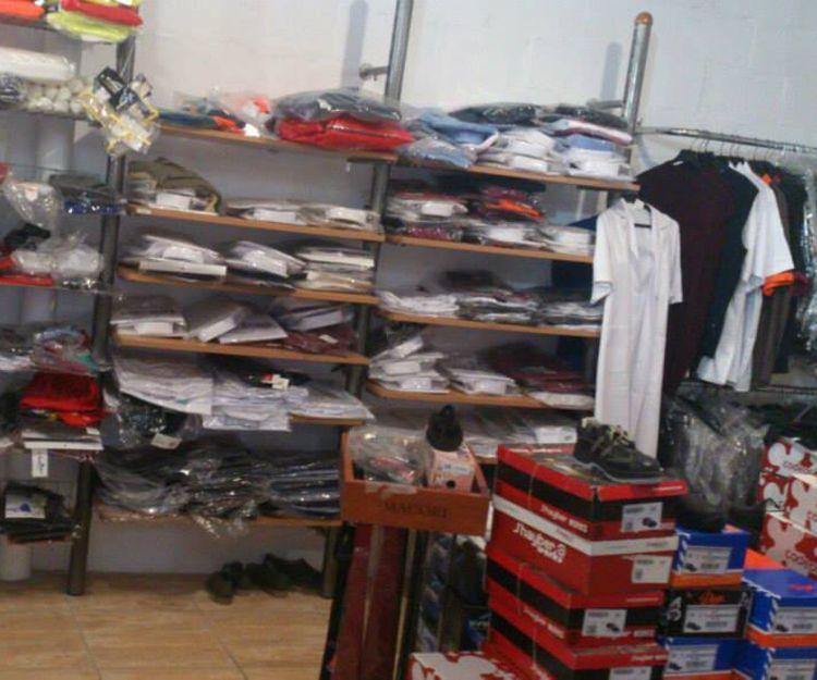 Almacén de ropa laboral en Cádiz