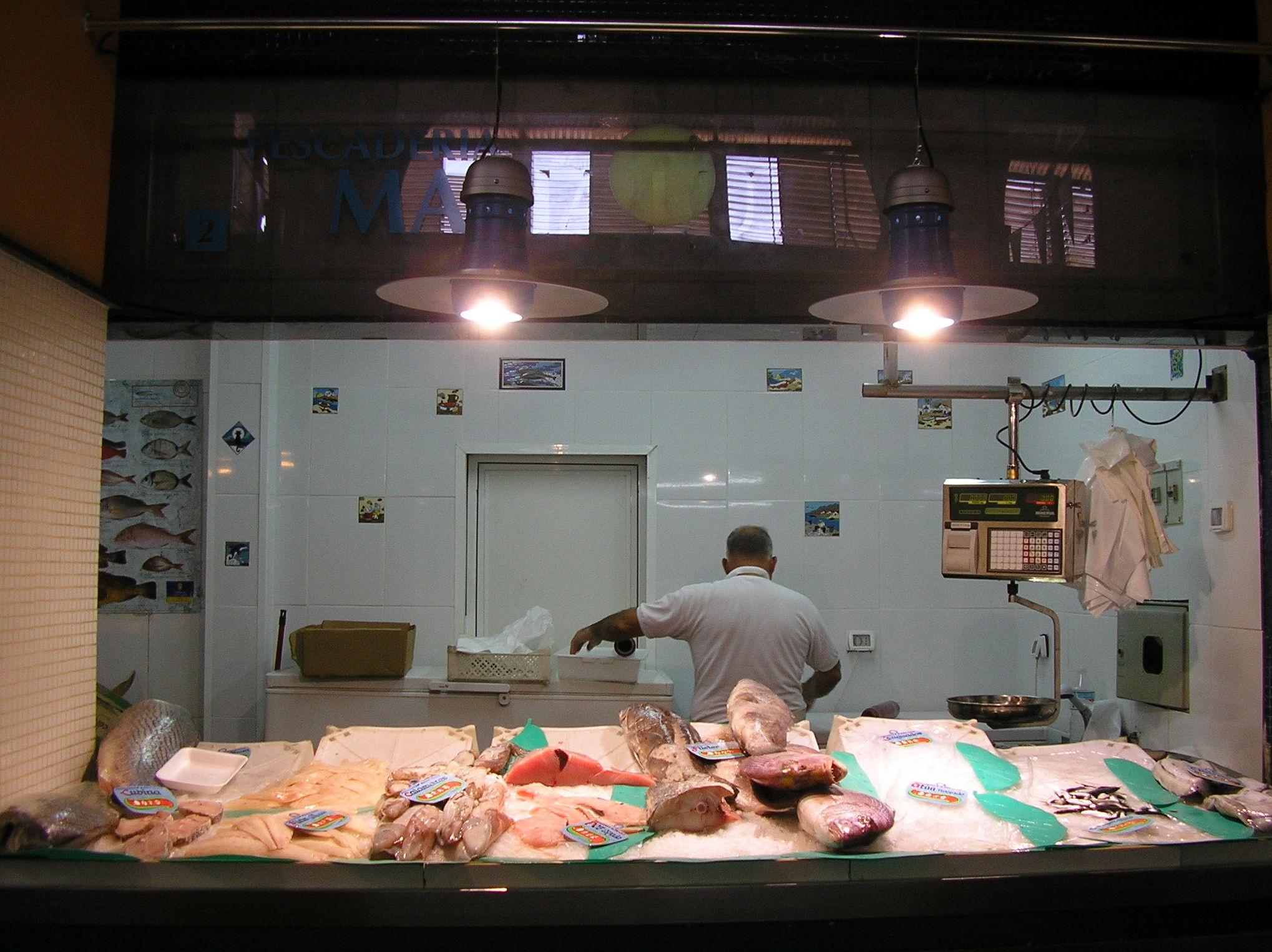 Sistemas de refrigeración y cámaras para comercios