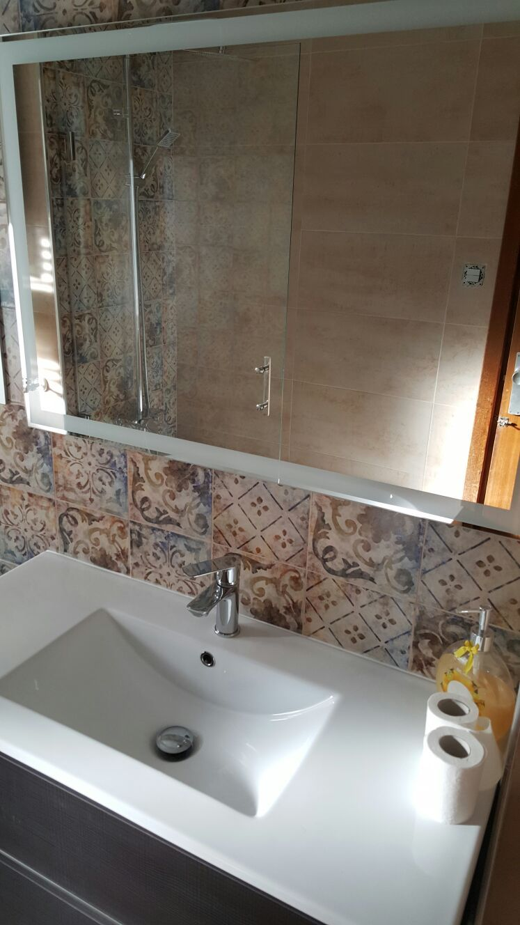 Azulejos para baños en Granada