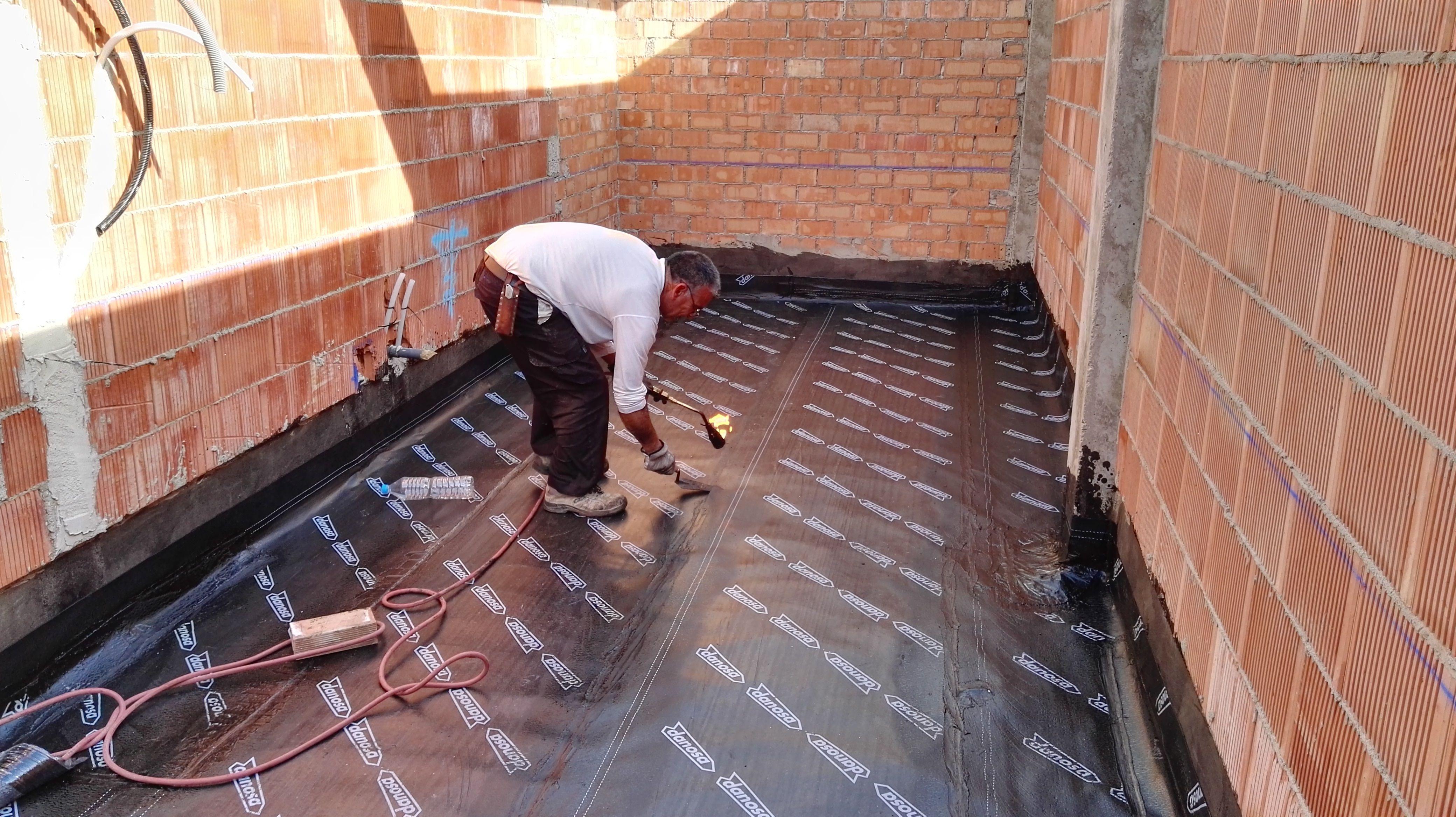 Impermeabilización de cubiertas en Mérida