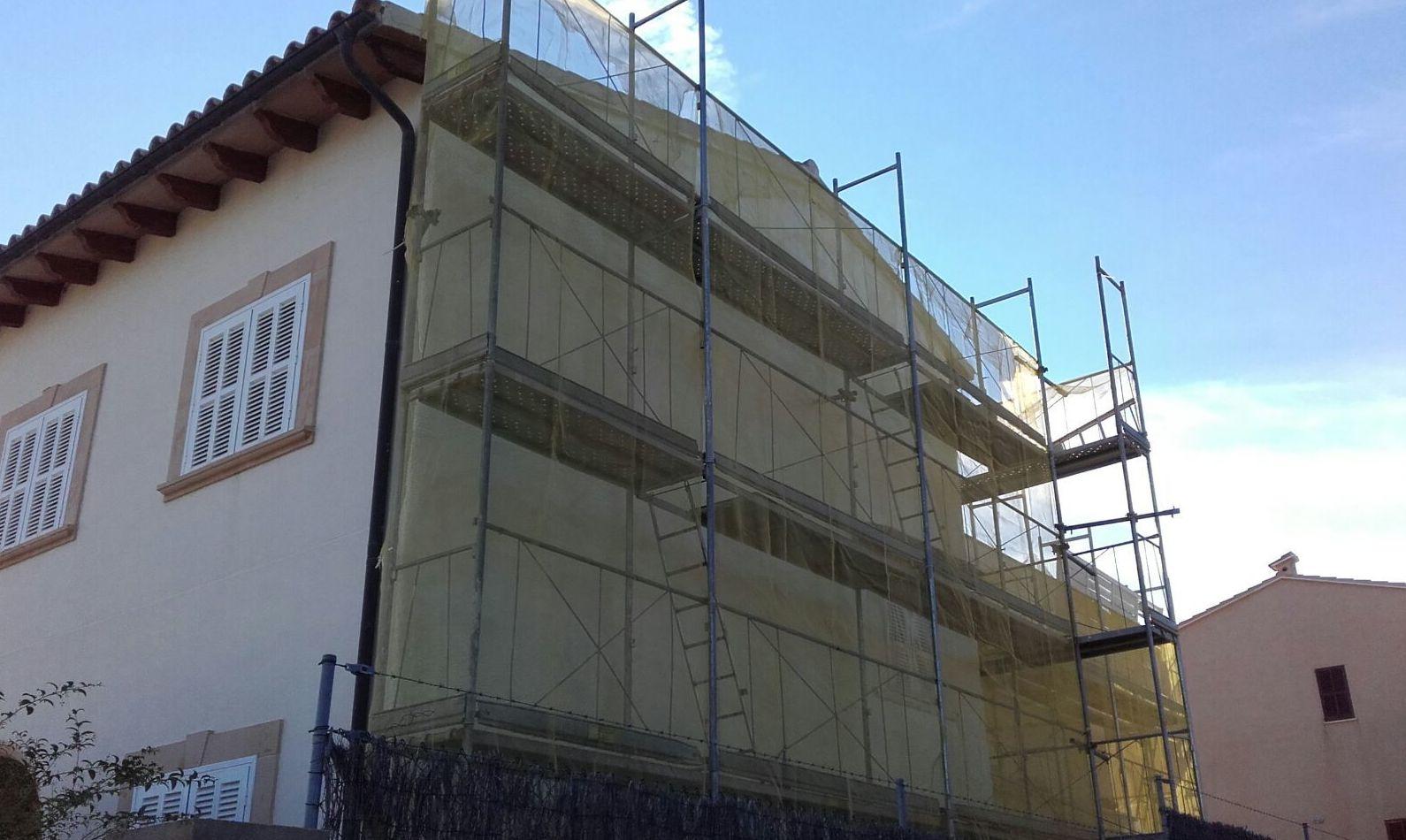 Espuma de poliuretano para fachadas