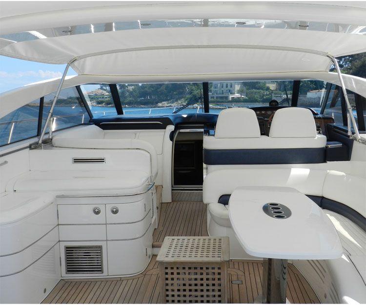 Embarcaciones nuevas con capacidad para 12 personas