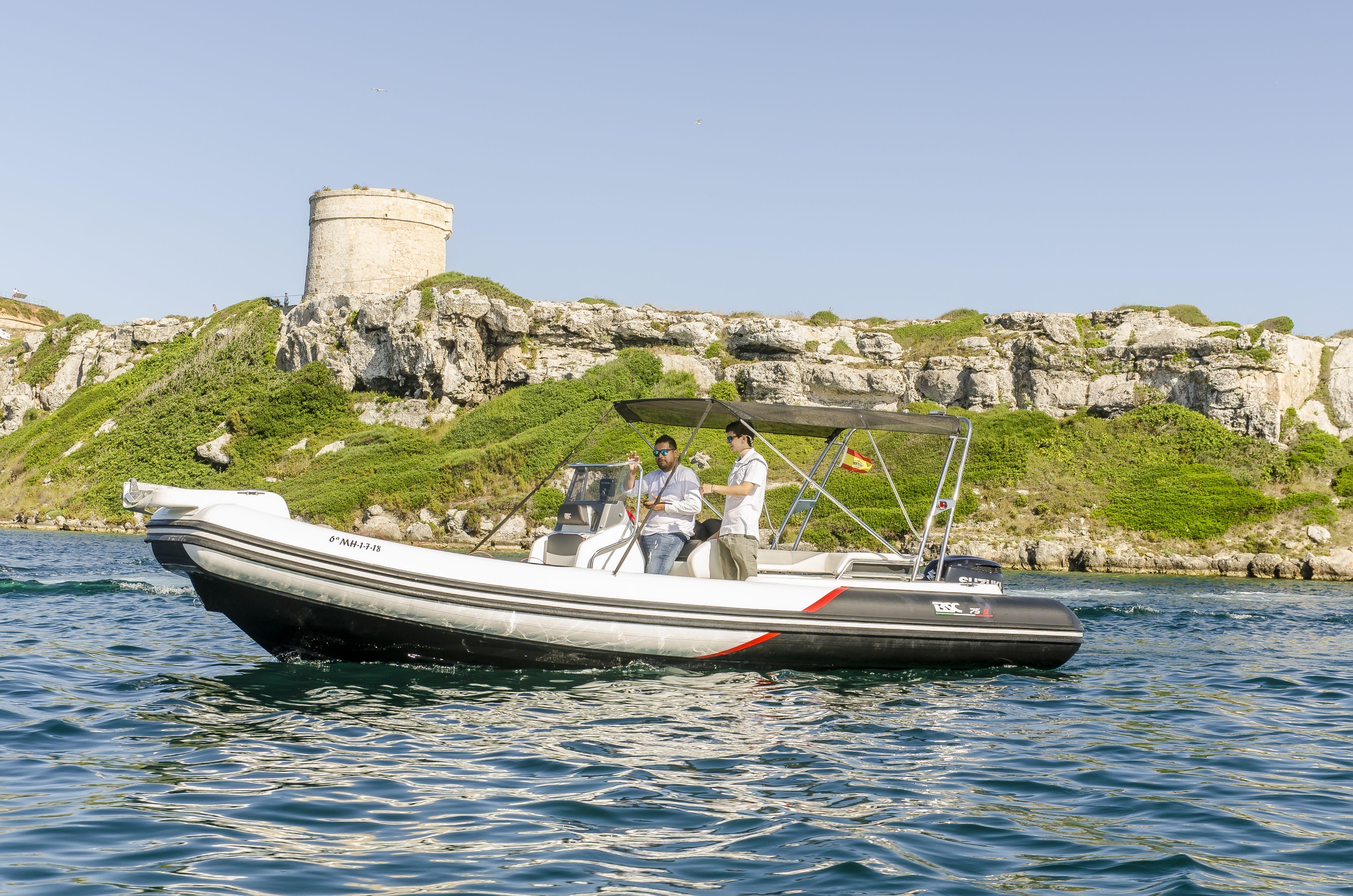 Embarcaciones de lujo en alquiler en Menorca