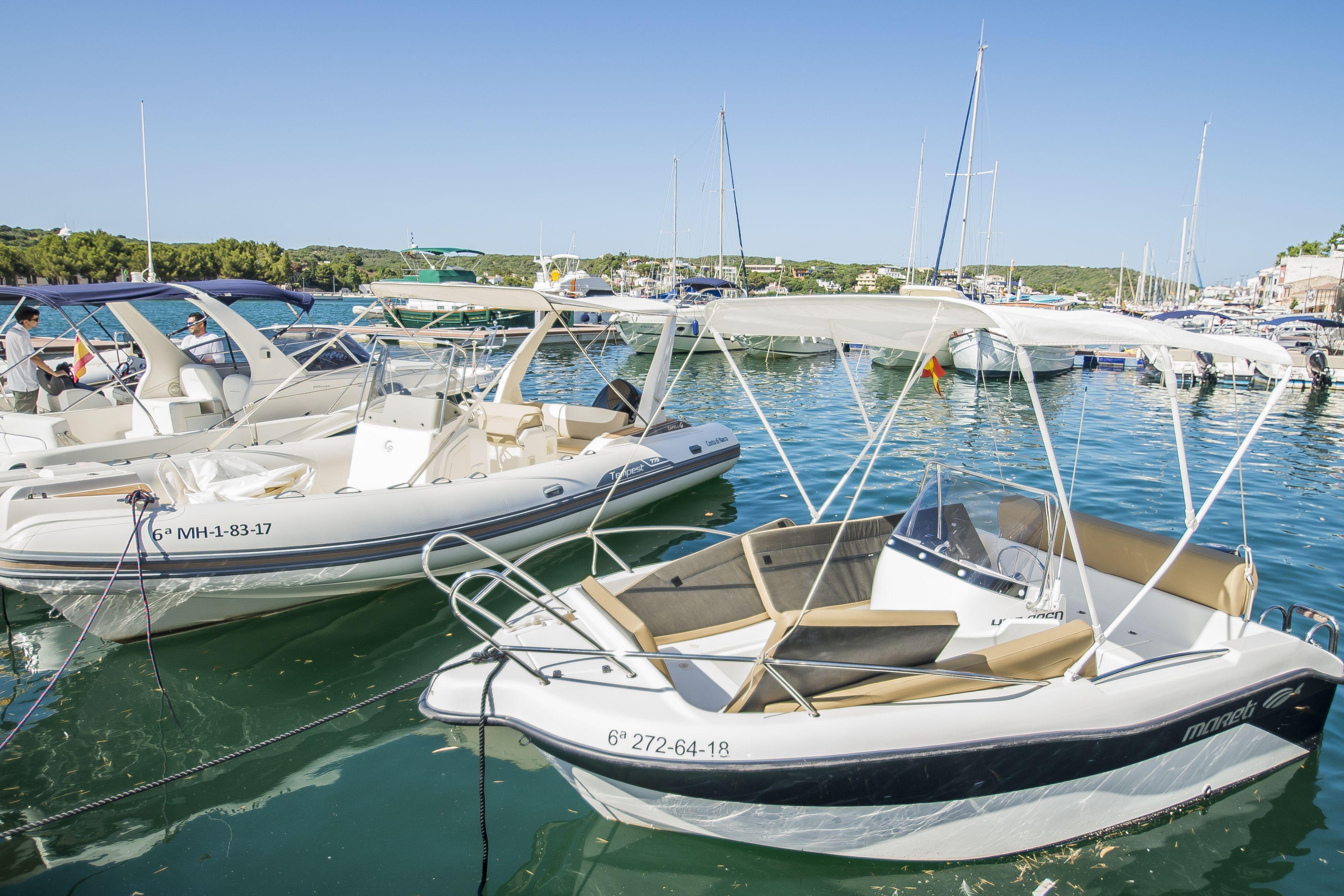 Chárters en alquiler en Menorca