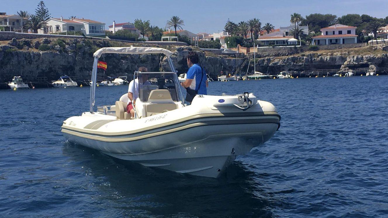Modelo BSC 75 Classic: Nuestros barcos de Menorca Mar & Charter