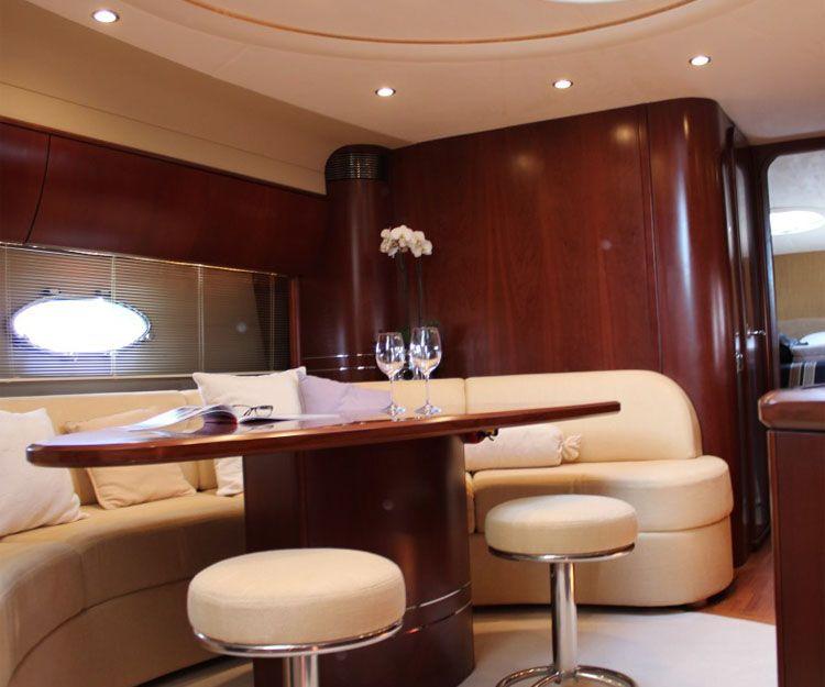 Interior de nuestras embarcaciones