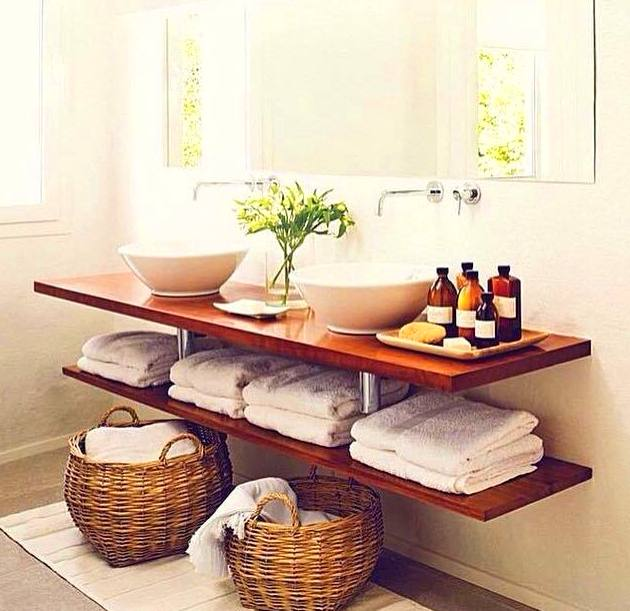 sencillamente unas baldas para el baño
