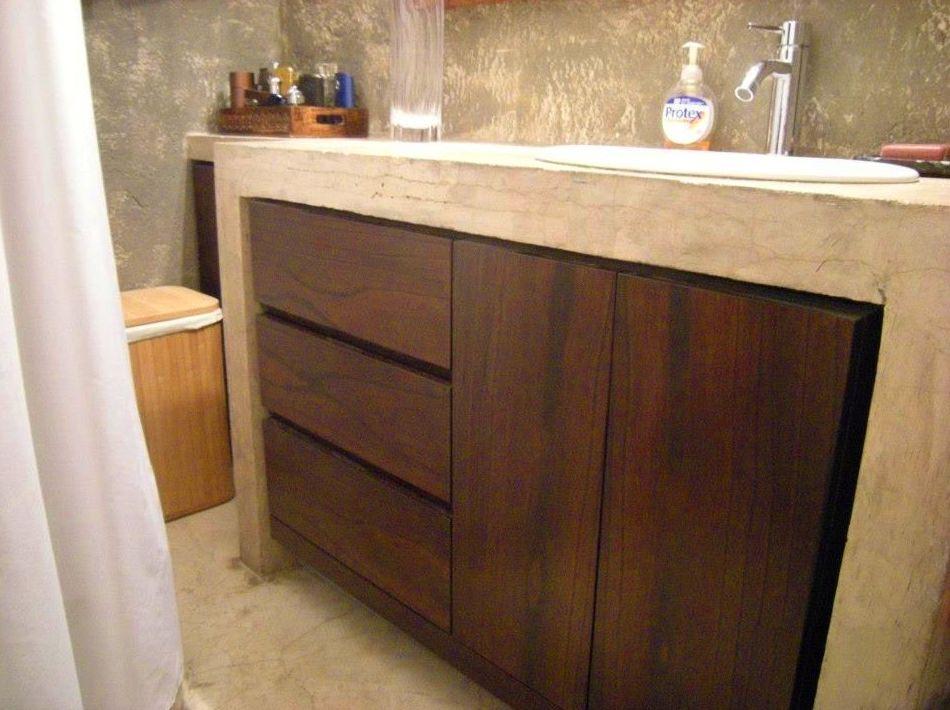 Mueble de baño bajo encimera