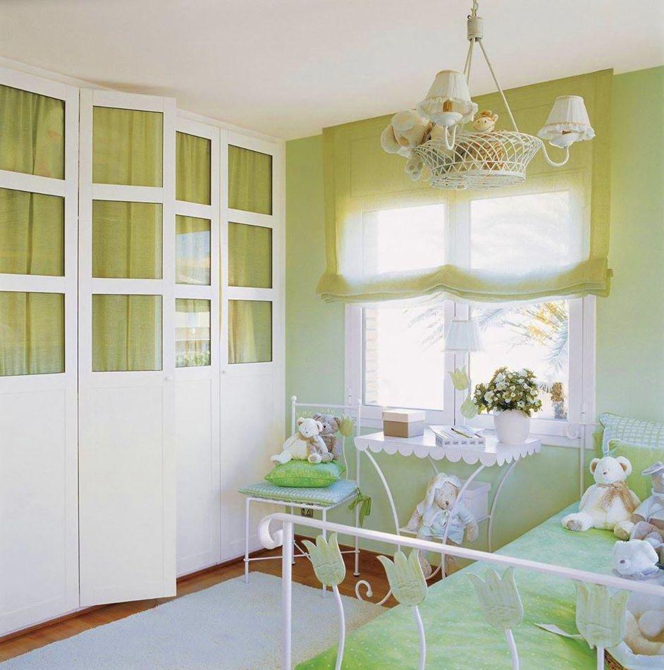 armario con puertas cristaleras
