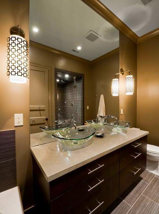 mueble de baño en wengüé, silestone en encimera