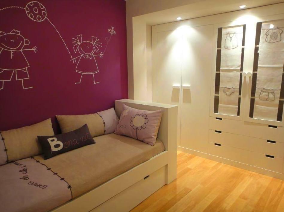 armario y cama para habitación infantil o juvenil