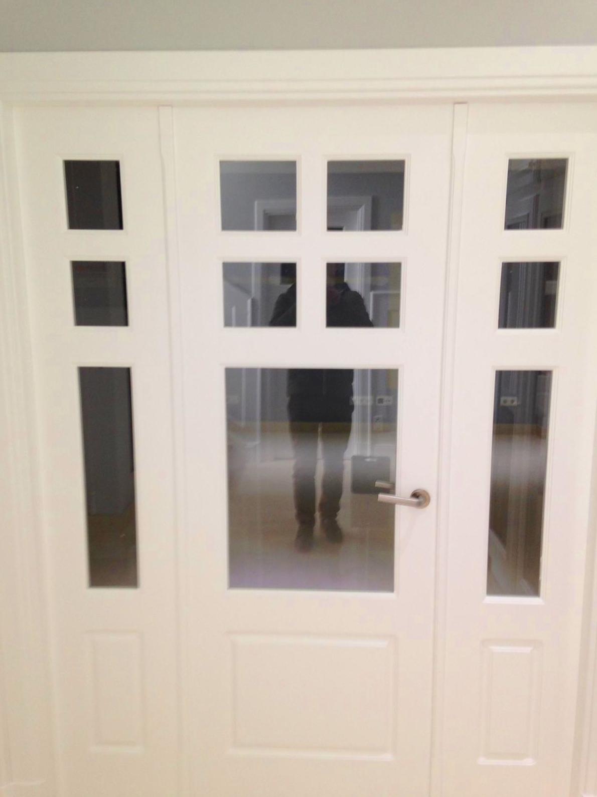 Puertas de paso lacadas en color blanco