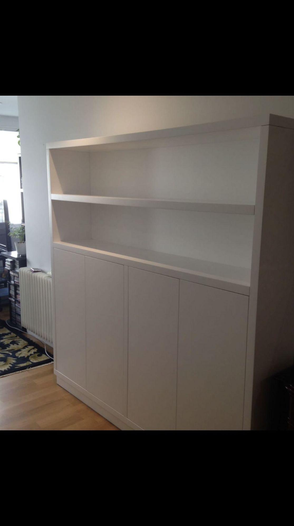 Mueble realizado en DM lacado en color blanco