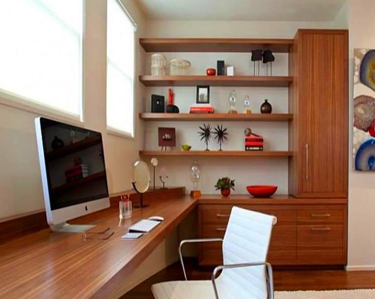 zona de estudio/trabajo en madera