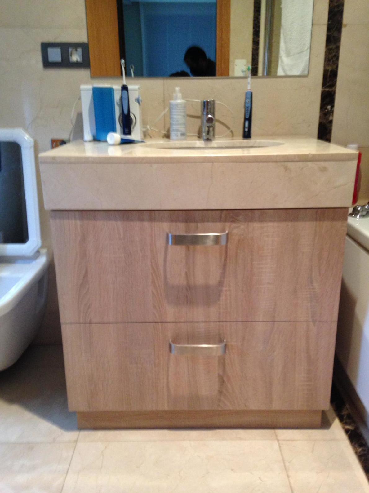 Mueble baño bajo encimera