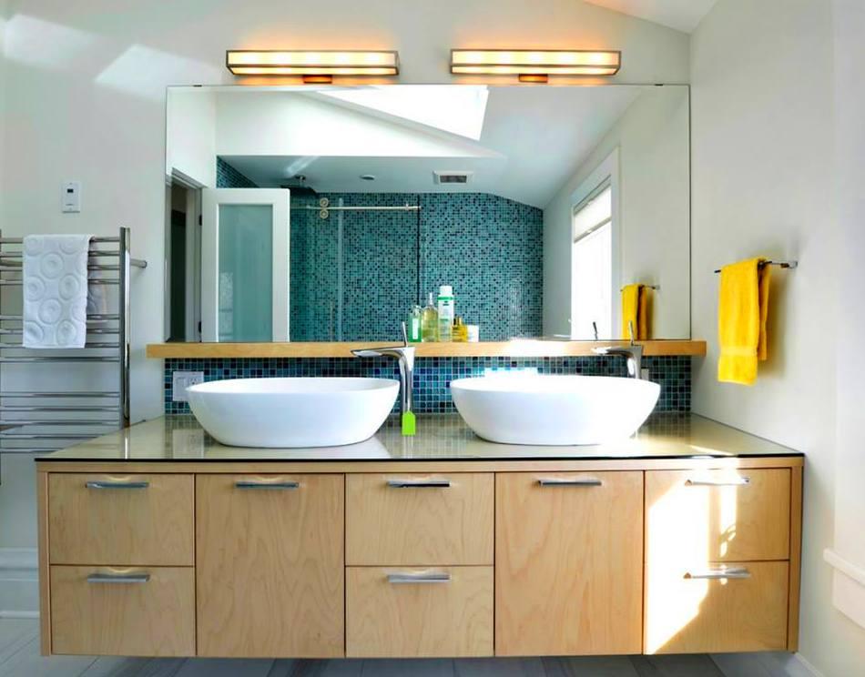 mueble de baño realizado en tablero marino de haya