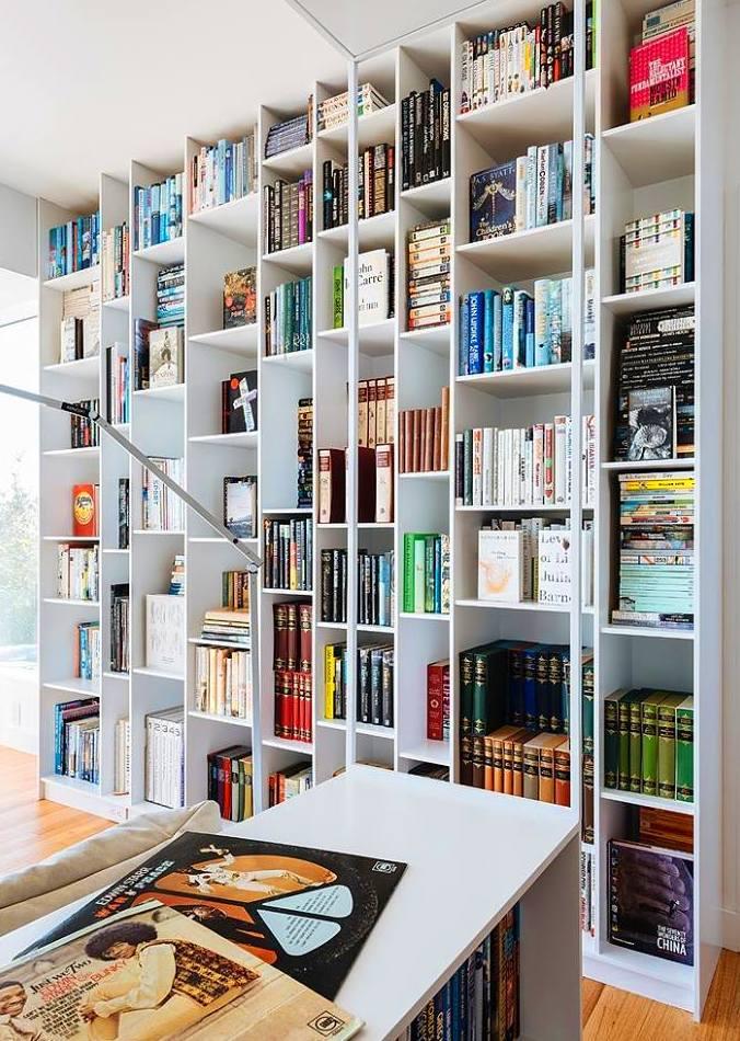 más libros