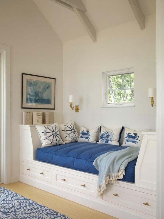 cama entre paredes