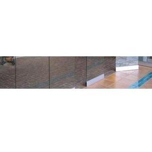 Modelo Glass y mixtos: Mamparas y tabiques de Moypa