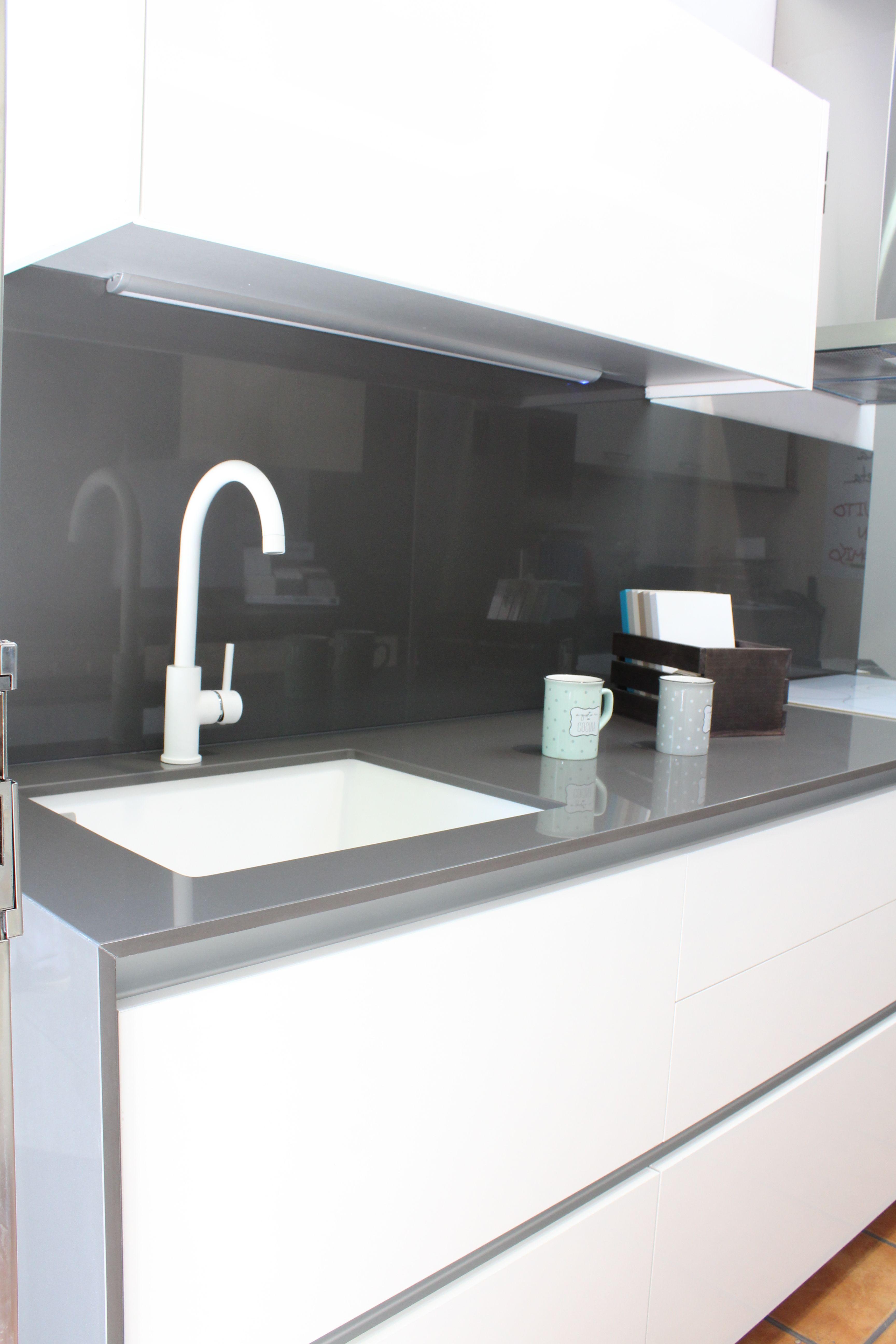 Foto 2 de Muebles de baño y cocina en Madrid | Muebles de Cocina Integralch