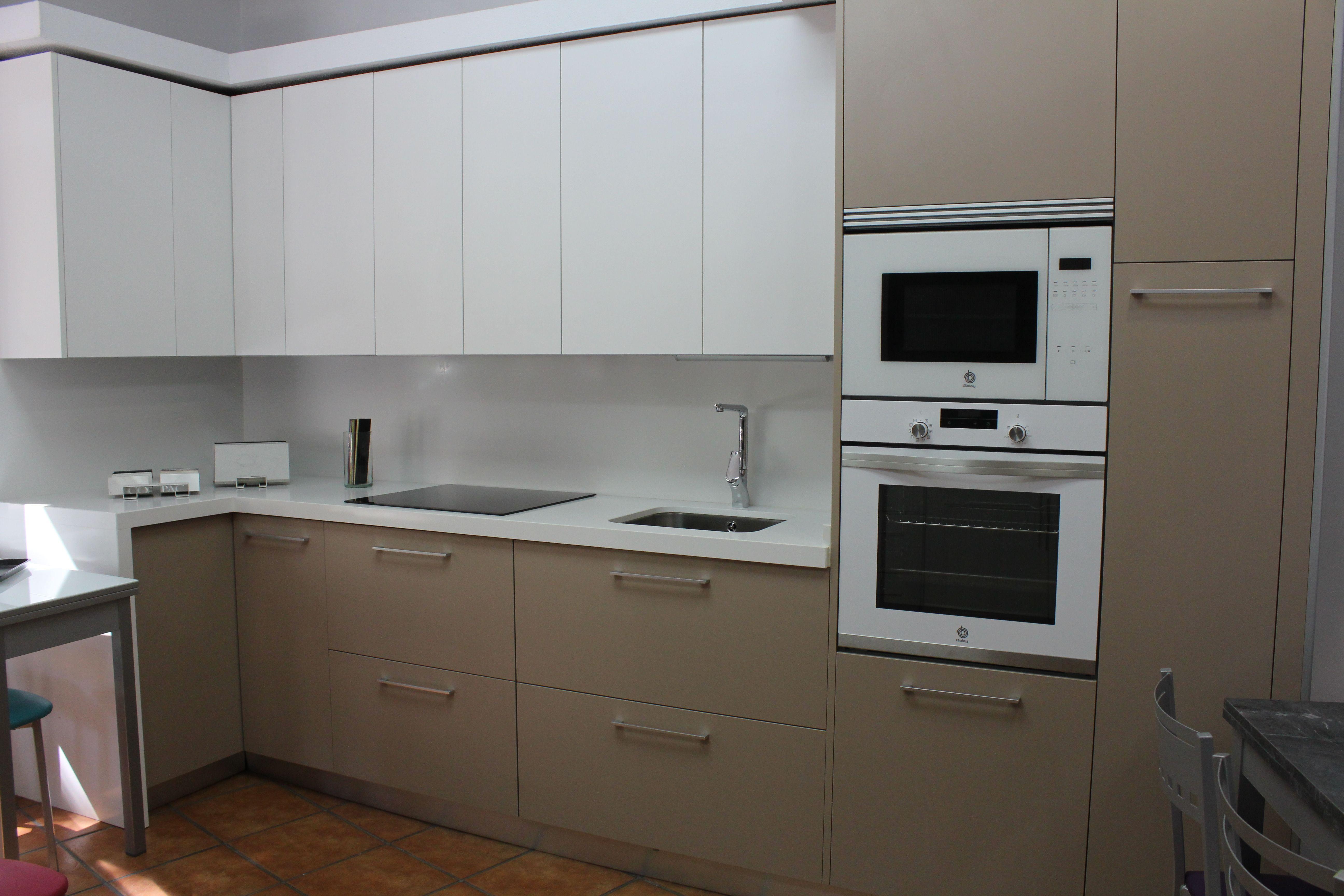 Foto 4 de Muebles de baño y cocina en Madrid | Muebles de Cocina Integralch