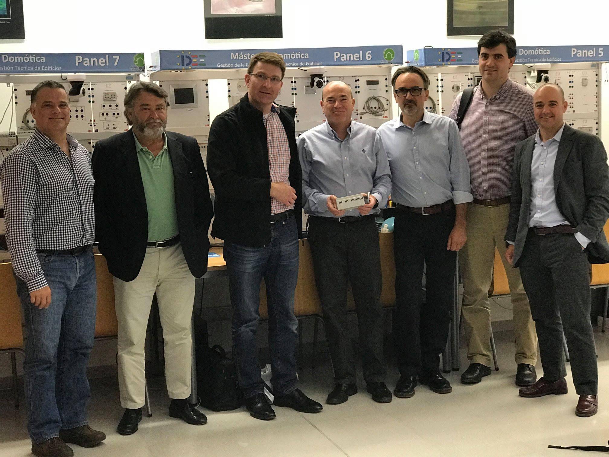 Investigaciones realizadas: Investigación y formación de Instituto Andaluz de Domótica y Eficiencia Energética