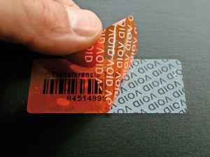 Etiqueta Void, Transferencia Total: Productos de Etiquetas Romero Comprometidos